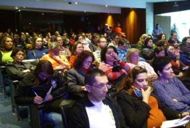 Educadores sociais reivindicam regulamentação da profissão