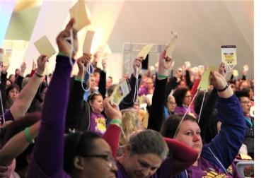 Servidores e servidoras aprovam desfiliação da CUT no XII Congresso do SISMUC