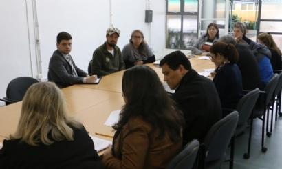 Quarta reunião de negociação escancara descaso de Greca com a educação