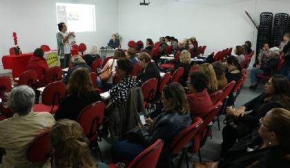 Confira as fotos do encontro de maio do Coletivo de Aposentados