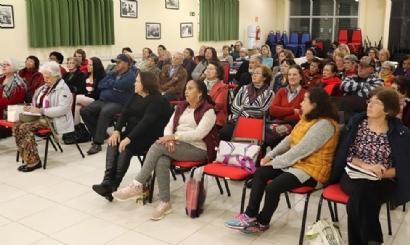 Palestra sobre saúde une Coletivo de Aposentados do SISMMAC e SISMUC